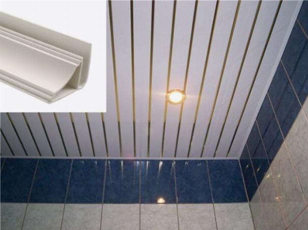 Бордюр между плиткой и навесным потолком