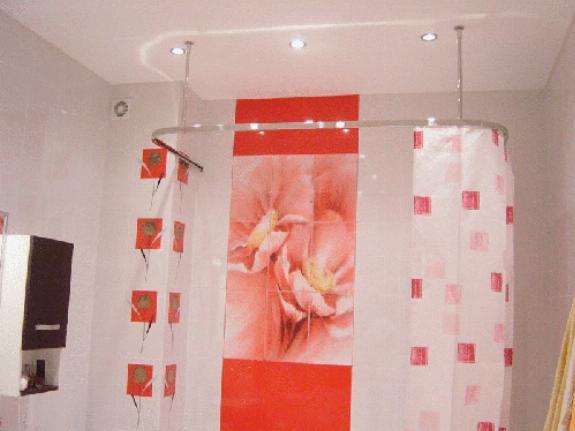 Потолочный карниз для ванной комнаты