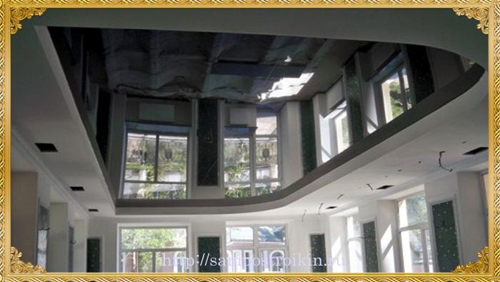 Глянцевый натяжной потолок в интерьере3